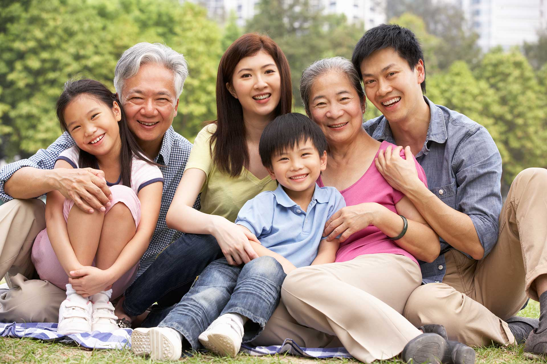 Asian family with periodontal patient